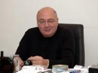 «Գրանդ տոբակոյի» սեփականատեր Հրանտ Վարդանյանն առաջիկայում ընտանիքով, թե գերդաստանով կհեռանա Հայաստանից