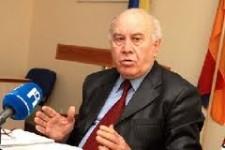 Միջադեպ ասուլիսի ժամանակ. Ռուբեն Թովմասյանին մեղադրեցին  իշխանությունների հետ համագործակցելու մեջ