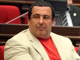 ԲՀԿ նախարարները ակտիվ «դվիժենի»-բանակցությունների մեջ են եղել Սերժ Սարգսյանի անվտանգության պետ Վաչոյի հետ