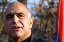 Րաֆֆի Հովհաննիսյանը հրաժարվելո՞ւ է մանդատից