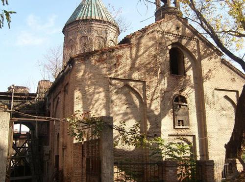 Թբիլիսիում փլուզվել է հայկական Սուրբ Նշան եկեղեցու  մի հատվածը