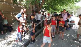 Փարաքարցիները սպառնում են փակել Երևան-էջմիածին ճանապարհը