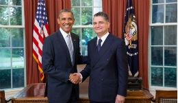 Տիգրան Սարգսյանն իր հավատարմագրերը հանձնեց ԱՄՆ Նախագահին