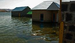 Պաշտոնյաների անառիկ ամառանոցներն ու ջրասույզ օբյեկտները` Սևանա լճի ափին