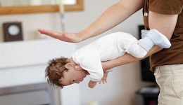 Առաջին օգնություն` երեխաների շնչուղիների խցանման ժամանակ. ցուցումներ