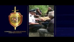 Ոստիկաններն այցելում են բակեր և բնակիչներին հորդորում տնից երկար բացակայելու դեպքում իրենց տեղյակ պահել
