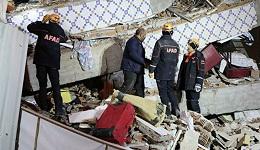 Թուրք փրկարարները երկրաշարժից հետո ինը հոգու դուրս են բերել ավերակներից