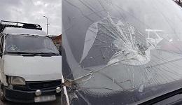 Ադրբեջանցիները քարեր են նետել զոհված զինծառայողների մարմինները տեղափոխող մեքենայի վրա, ջարդել ապակիները