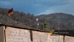 Սյունիքի Խնածախ գյուղի գլխին ադրբեջանցիները մարտական հենակետեր են կառուցում